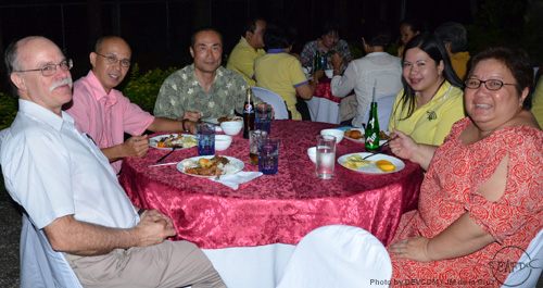 Dr. Shibuno (center) at the welcome dinner hosted by the Chief on 8 April