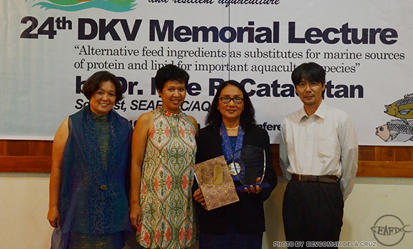 (L-R) Research Division Head Dr. Evelyn Grace Ayson, Training and Information Division Head Dr. Ma. Junemie Hazel Lebata-Ramos, SEAFDEC/AQD Scientist Dr. Mae Catacutan, and Acting Chief Dr. Chihaya Nakayasu after Dr. Catacutan's DKV Memorial Lecture